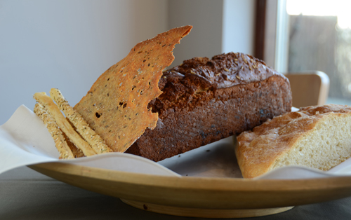Nybakat bröd Flädie Mat & Vingård